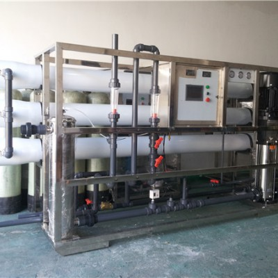 南京去离子水设备/南京塑胶工业纯水设备/苏州反渗透设备