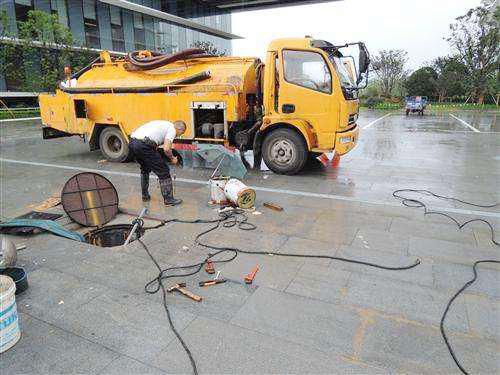 武汉汉阳区管道疏通清理隔油池公司污水管道清淤工程污水清淤公司