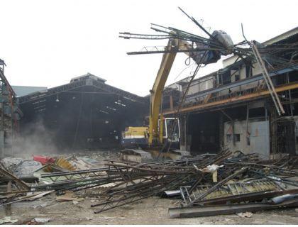 化工厂拆除资质钢结构拆除大型广告牌拆除