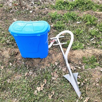 电动多功能抛肥机  大容量电动施肥器