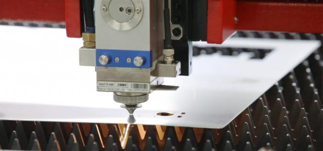 提高金属激光切割机工作效率的技巧