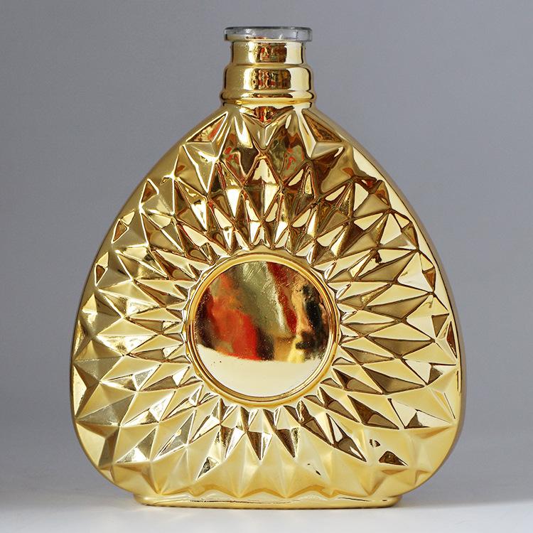玻璃酒瓶生产厂家,玻璃酒瓶电镀喷涂厂,玻璃酒瓶打磨抛光厂