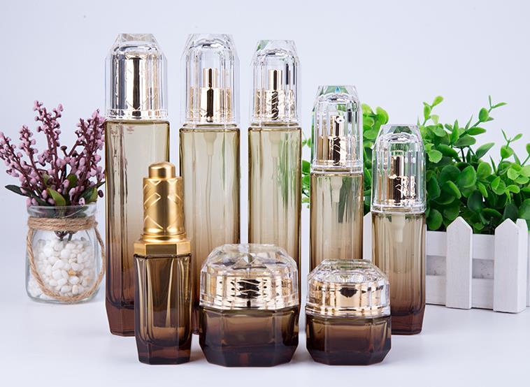 护肤品瓶生产厂家,护肤品瓶电镀喷涂厂,护肤品瓶丝印烫金厂