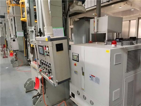 四川电加热模温机 半封闭管道式加热防止导热油积碳