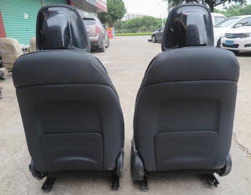 奔驰2021款C200左前座椅 电子扇 冷疑器 减震器