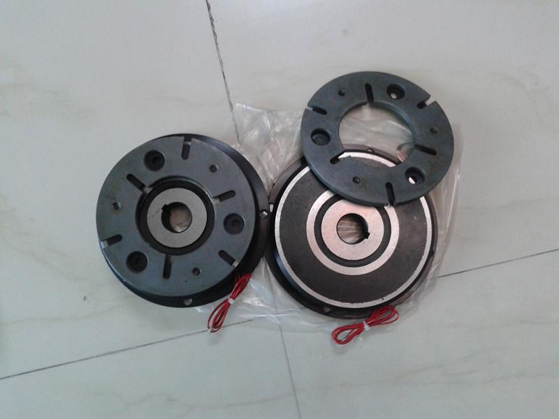 供应仟鑫电磁离合器,电磁刹车器,磁粉制动器